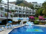 dolphin-cove-inn-Dolphin-Cove-Inn-Manzanillo-Pool.jpg