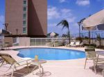hampton-inn-torreon-aeropuerto-galerias-pool.jpg